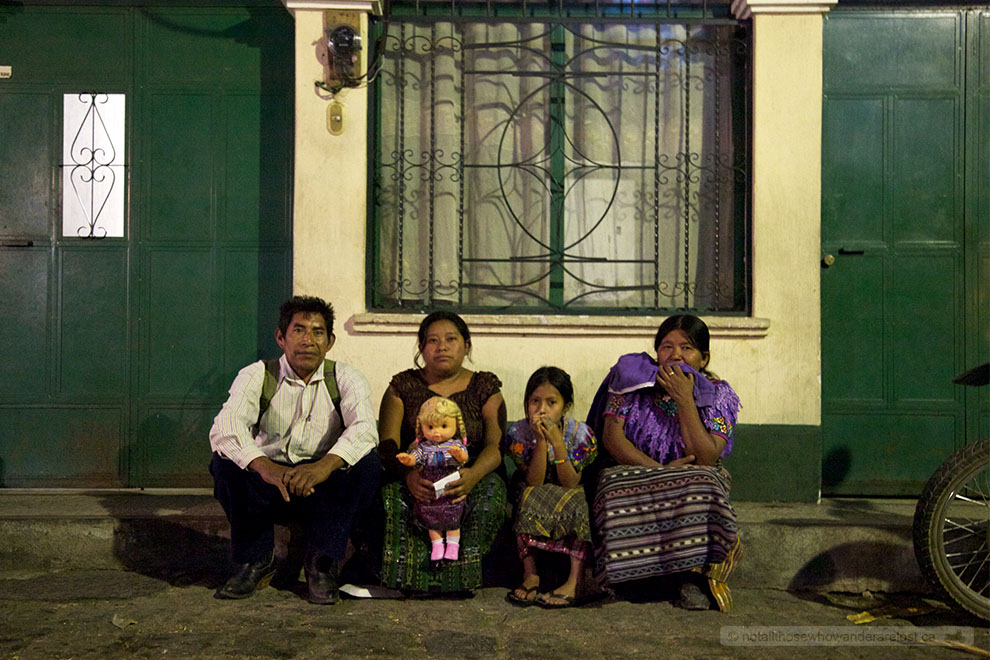 A Family In San Pedro